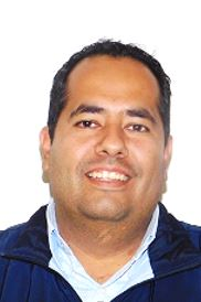José Luis Razo Guevara : Encargado de Prefectura y Becas
