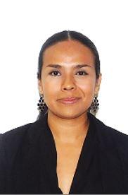 Teresita Esmeralda Mora González : Encargada del Departamento de Recursos Humanos